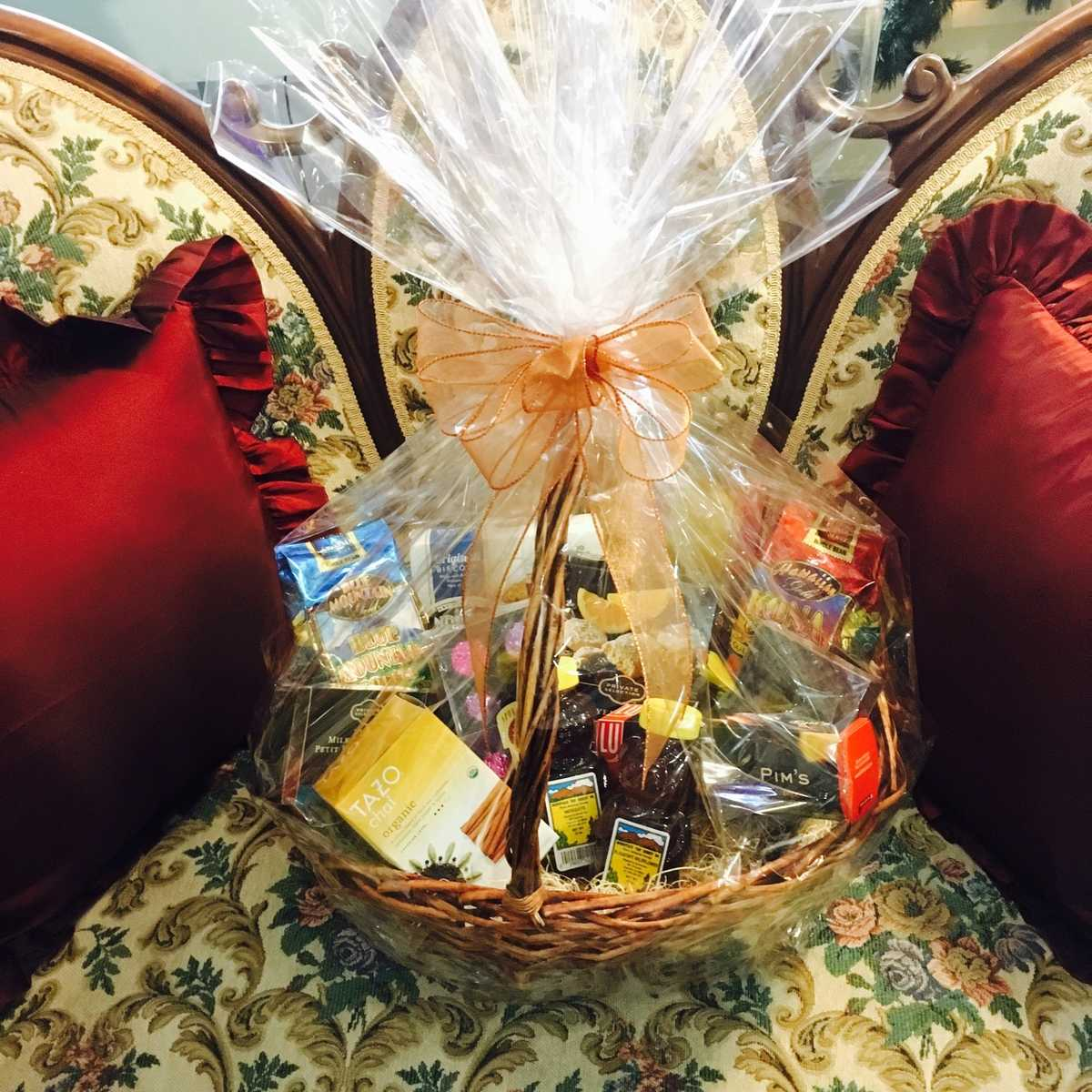 Gourmet Goodies Basket